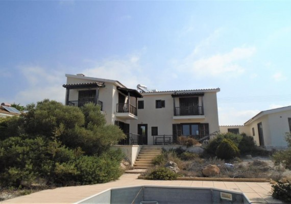 Two-Bedroom House in Kouklia, Paphos