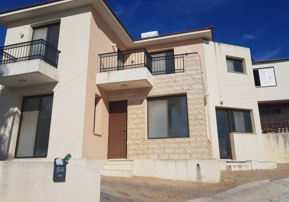 Three-Bedroom House in Pegeia, Paphos